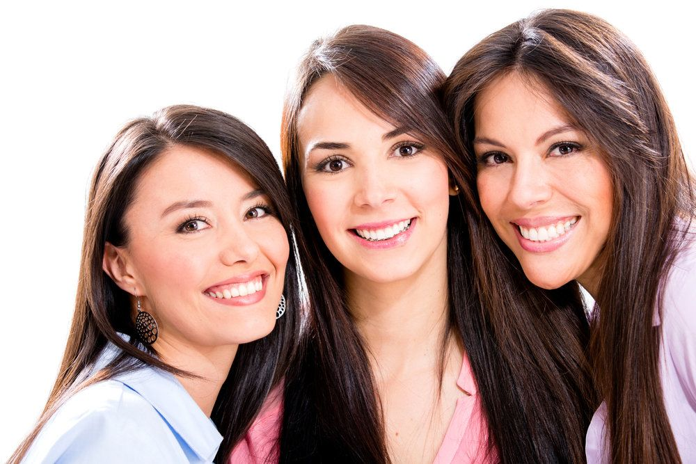 Three women with clear eyesight