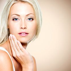 Portrait of a beautiful woman with healthy clean skin