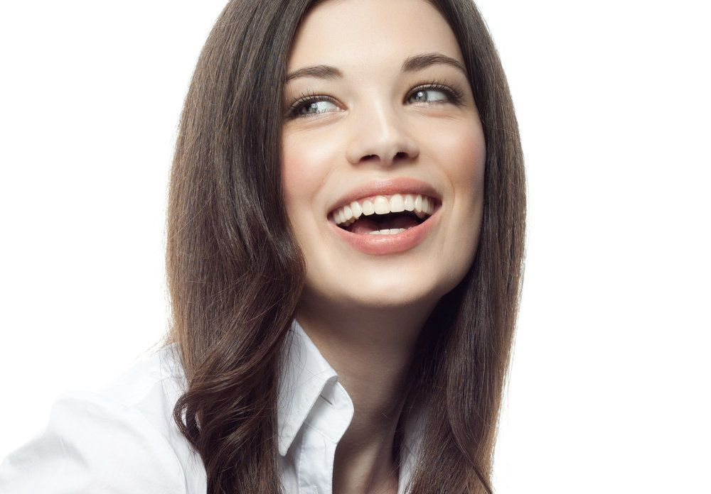 Woman with a straight, attractive smile