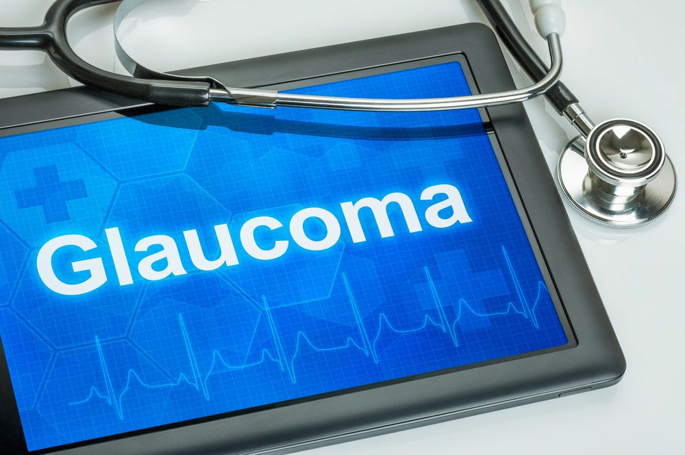 Doctor's tablet with the word glaucoma