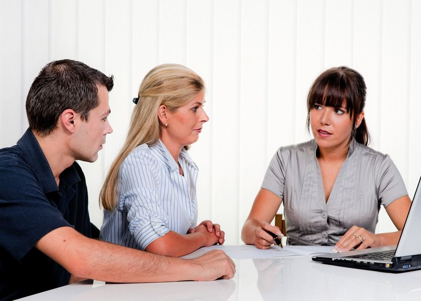Working with a divorce mediator