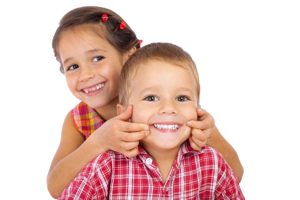 Two children with healthy smiles