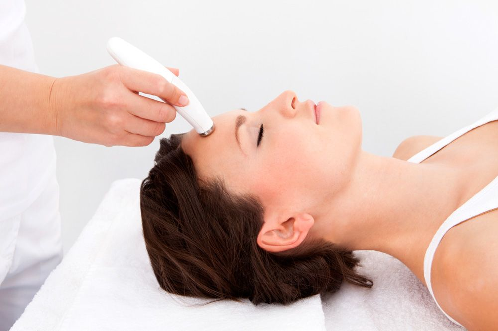 Dermabrasion treatment